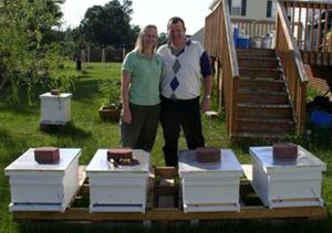 Al & Kathy Hildreth - Shamrock's Buzzy Bee