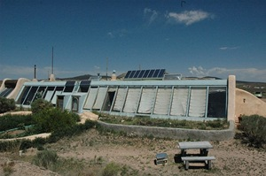 Earthship (CC BY 2.0) - by marvins_dad