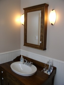 stonehaven-medicine-cabinet-and-washstand-vanity