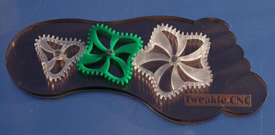 Non-linear gears by tweakie.cnc CC BY 2.0