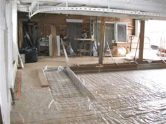 WIRE MESH PRIOR TO POURING CONCRETE FLOOR