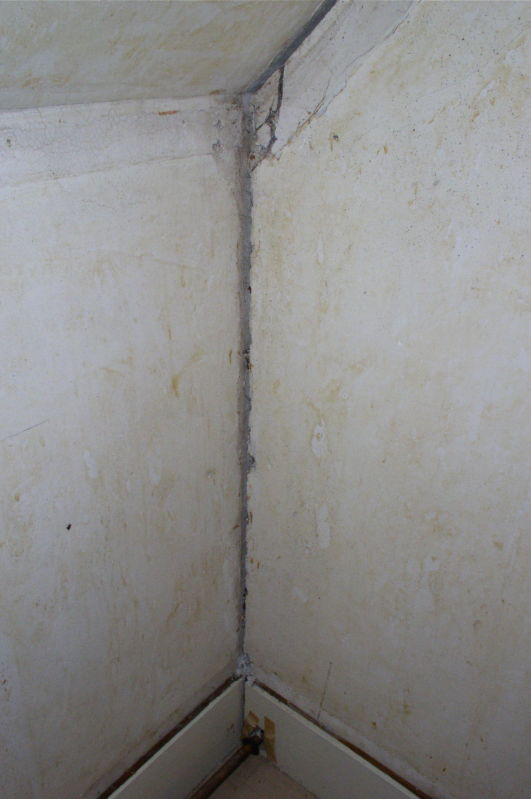 Fix Loose Plaster With Plaster Washers Stonehaven Life