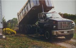 dump_truck_raising_box