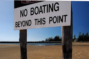 no-boating-sign-CC BY 2.0-dw47