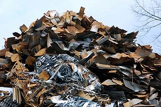 pile of rusted metal