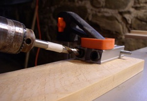 pocket jig guides drill at 15 degree angle