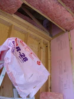 r28 ceiling insulation reference photo