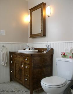 washstand-vanity-& medicine-cabinet-stonehavenlife